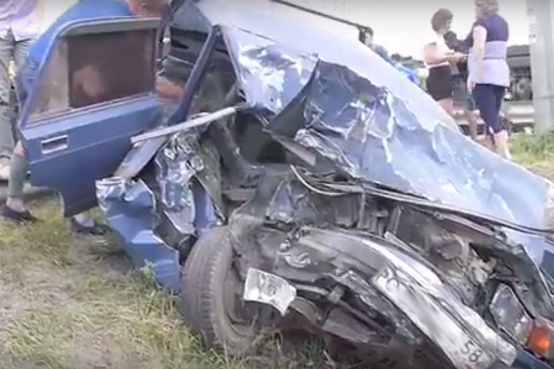 Жуткое ДТП вПензенской области: погибла женщина, среди пострадавших есть ребенок