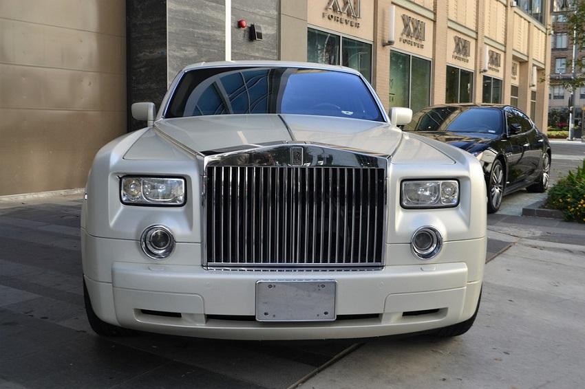 Специалисты составили Топ самых дорогих авто вРоссии