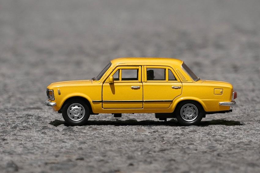 Средний ценник на новый отечественный автомобиль в России составляет менее 600 тысяч рублей