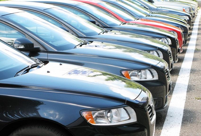 Официальные дилеры в России стали чаще продавать подержанные авто