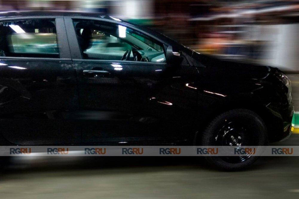 Ультрабюджетная версия Lada XRay – появилось первое фото