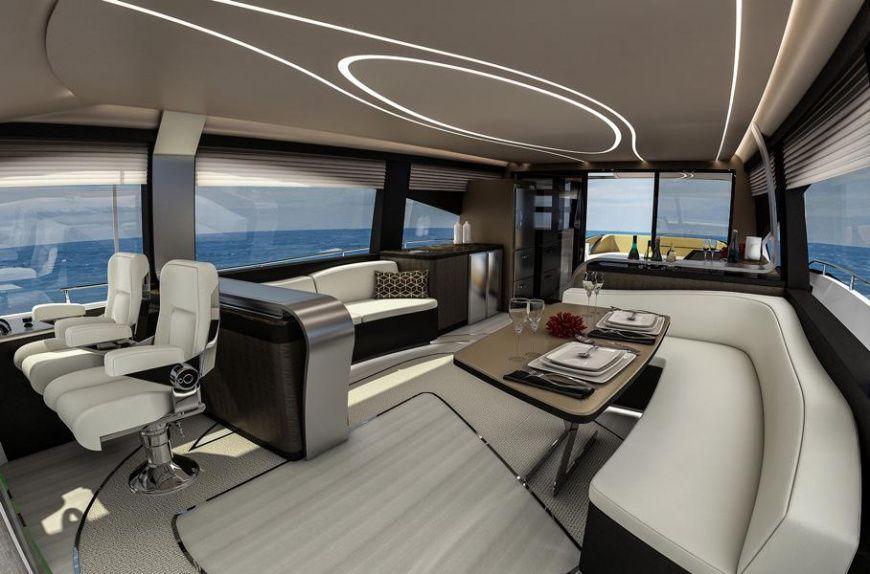 Лексус представил первую серийную яхту