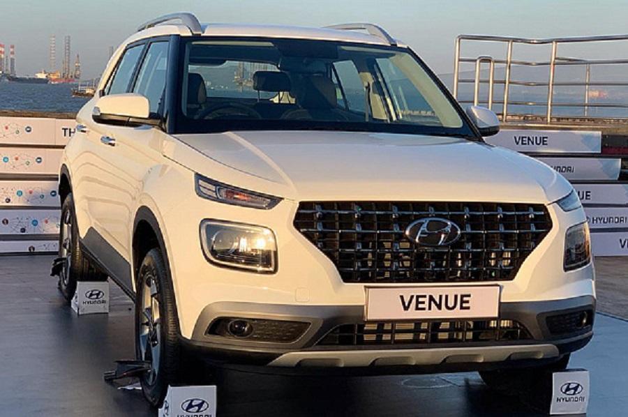 Бюджетный кроссовер Hyundai Venue добрался до дилеров