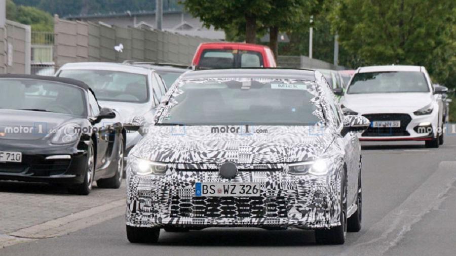 VW Golf обновленного поколения получит «заряженную» версию