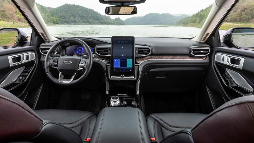 Презентована ещё одна версия модернизированного паркетника Ford Explorer