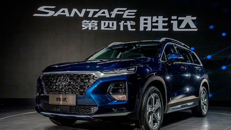 Hyundai Santa Fe приобретет интерьер в духе обновленного Mercedes-Benz S-Class
