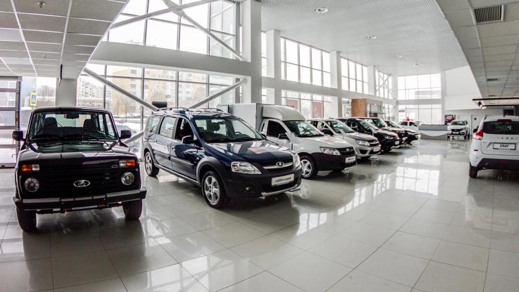 АвтоВАЗ опять скорректировал ценники на все свои легковушки от марки LADA