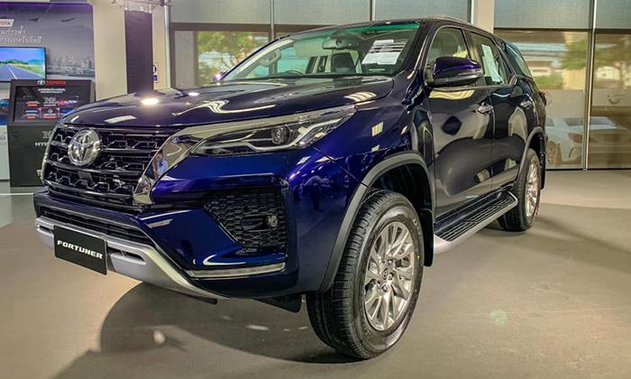 Обновленные Toyota Hilux и Fortuner сертифицированы в России