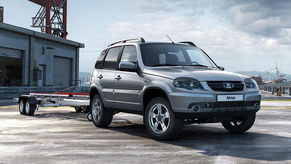 'АвтоВАЗ' начал продавать 'Ниву' без символики GM