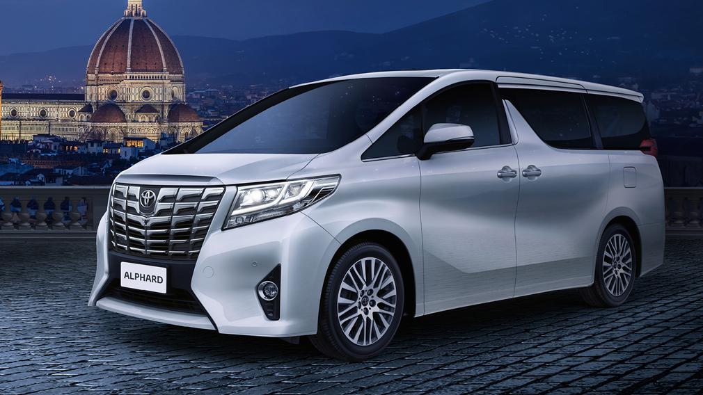 В России отзывают 118 автомобилей Toyota Alphard