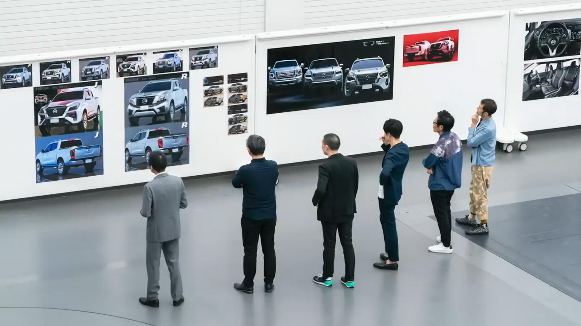 Представлен пикап Nissan Navara с новым дизайном