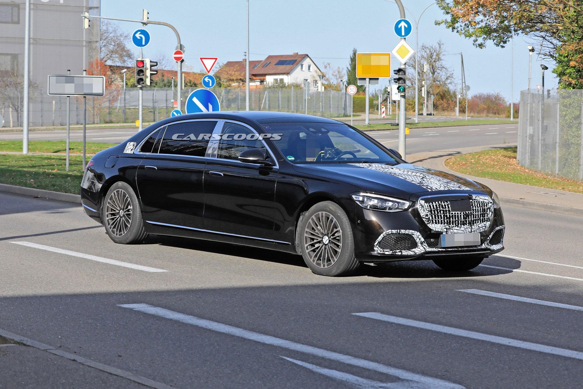 Живые фото и подробности самого крутого Mercedes S-Class для олигархов